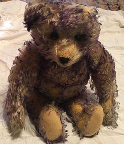 72b8964ba Brenda Yenke Appraises Vintage Bears in Bears and Buds Magazine